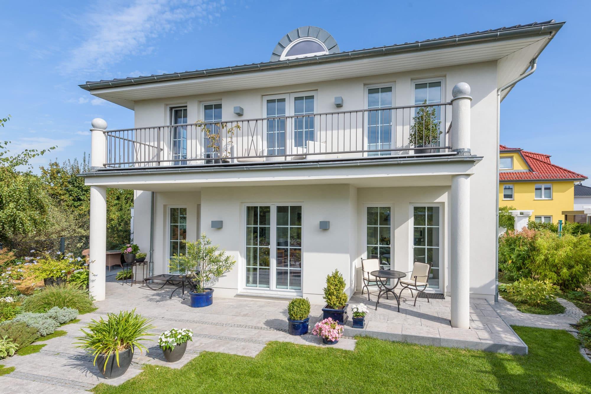 stadtvilla-grosser-balkon-1