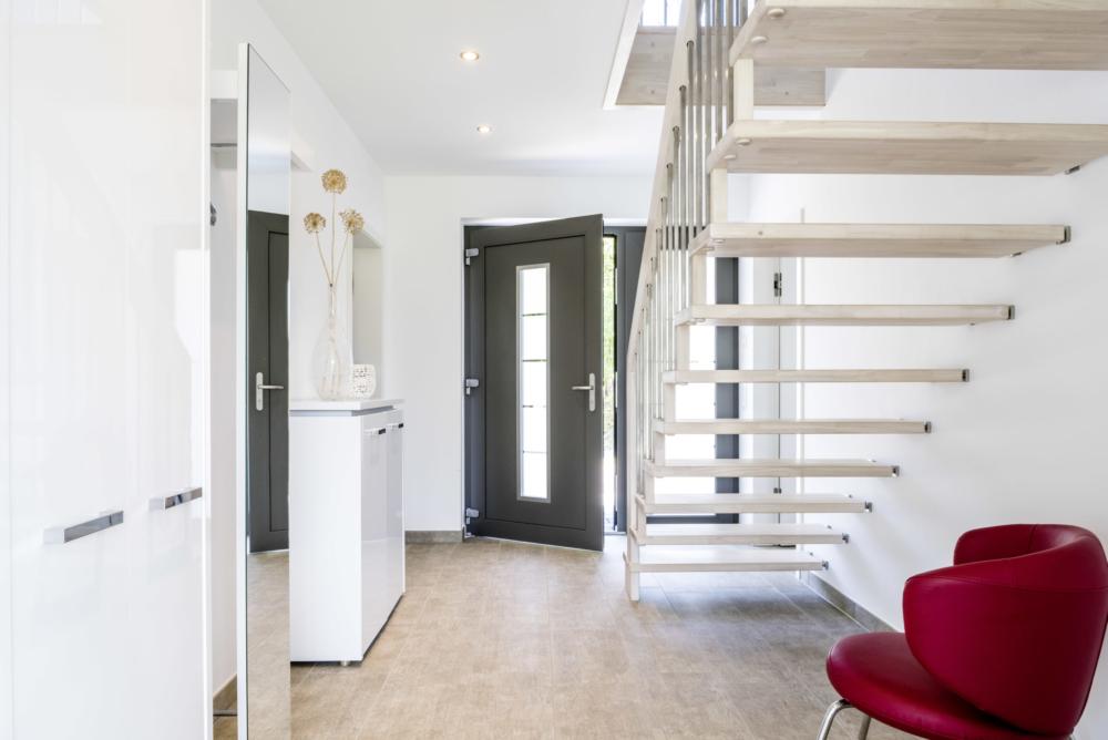 modernes-einfamilienhaus-carport