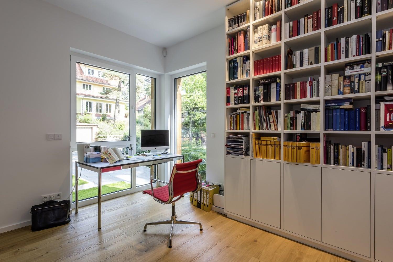bauhaus-souterrain-staffelgeschoss-buero-bibliothek