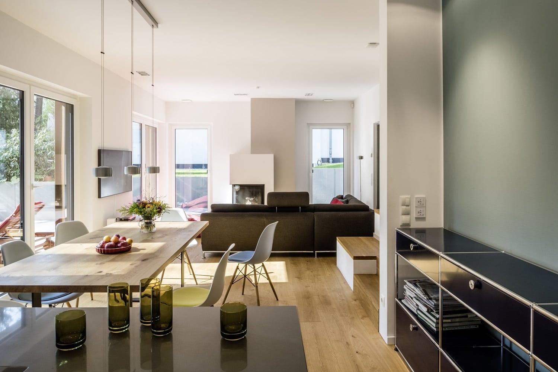 bauhaus-souterrain-staffelgeschoss-wohnzimmer