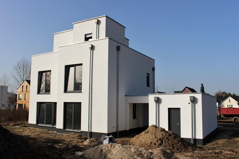 hausbesichtigung-bauhaus-staffelgeschoss-argehaus-terrasse
