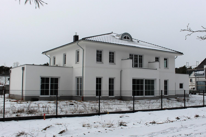 hausbesichtigung-klassische-stadtvilla-arge-haus-bad-saarow-terrassenseite